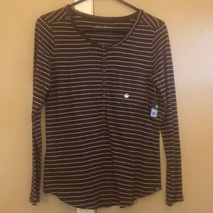 NWT Women's Long sleeved Top